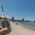 Starbucks☕️ 富山環水公園店  「世界一美しいスタバ」と言われているらしい…✨ 目の前が運河になっていて景色がとても良い!🥰  #Starbucks #スタバ