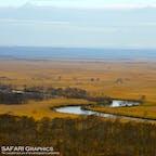 釧路湿原を流れる釧路川の蛇行が見られる北海道釧路市の細岡展望台。湿原を見渡すことができる展望台は湿原の周辺に5カ所ほどありますが、湿原を赤く染めながら沈む夕日を眺めることが出来る細岡展望台は、観光客にも人気の展望台です。#北海道 #釧路湿原 #細岡展望台