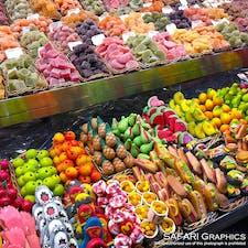 スペインへ行くなら一度は訪れたいバルセロナのボケリア市場。スペインっ子たちの胃袋を支えているだけでなく、量り売りや食べ歩き、お土産選びなど、市内随一のマーケットで一日いても飽きずに楽しむことができます!#スペイン  #バルセロナ #ボケリア市場
