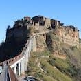 断崖絶壁の町・チヴィタ  #イタリア #チヴィタ