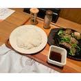 いしがまやハンバーグ 横浜ポルタ店  仕事前に腹ごしらえ。 プレミアムハンバーグステーキ 180gランチセット。