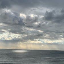 鳴門の朝 刻々と空が変わり 釘付けでした😊