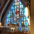 セント オーガスティン教会 美しいステンドグラスと出席者たちの信仰が神聖な空気を創り出しているように感じます。 ワイキキビーチからも歩いて行ける距離にあり、自分の気持ちと向き合う穏やか時間を過ごしたい時にとてもよい場所です。