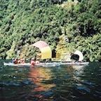 ニュージーランド、南島、ダウトフルサウンド。ミルフォードサウンドと並ぶ人気のフィヨルドでカヤックツアー!