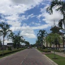 インドネシア*ビンタン島  のどかすぎる街並み。 バリや東南アジアならではの雰囲気の場所も少しあった。
