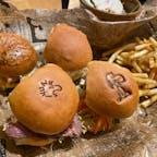 中目黒のPEANUTS Cafe。かわいいスヌーピーとウッドストックのバンズをもしゃもしゃ食べました🍔