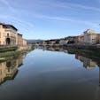 2020年9月 イタリア フィレンツェのベッキオ橋 水面が鏡のようです