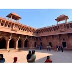 2020年1月25日 #インド #アグラ城 ファテプールシクリと建物が似ていた ☻
