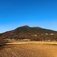 @茨城県つくば市 Tsukuba, Ibaraki pref.  筑波山  Mt.Tsukuba  富士山よりも古くから和歌集にも載るほど絶景と例えられた日本百名山の1つ。 百名山の中で唯一1000m未満です。 #筑波山 #日本百名山 #百名山 #つくば  (2017/12/09)