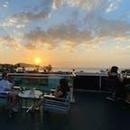 パトンビーチに沈む夕陽を眺められる、最高のロケーションのルーフトップバー🍸 #KEESkyLounge&Restaurant