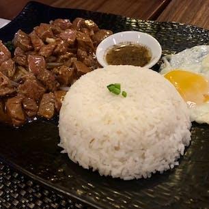 #レッド・ピアノ #シェムリアップ #カンボジア 2020年2月  クメール料理 #ロックラック 🍽 胡椒とライムを合わせたソースが美味しい😋😋