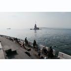 🇹🇷 クズ塔と海沿いの簡易カフェ