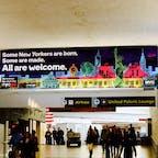 New York / New Jersey Newark Liberty International Airport ニューアーク空港内。 とってもWelcomeな感じのニューヨーク市観光局のVISUAL♪ #newyork #newjersey