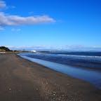 宮崎県青島周辺の海です。 とってもキレイでしばらく眺めていました。 宮崎はゆったりのんびり観光にオススメです!