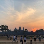 #アンコールワット #シェムリアップ #カンボジア 2020年2月  帰る頃にはすっかり明るくなって陽が出てきた🌅 陽より明るくなる方が先だなんて思わなかった😌😌