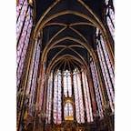 圧巻される美しさ。 サントシャペルのステンドグラスは何度も見に行きたい。  #thosedayswithyou #paris #france