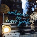 New York / Manhattan FISHS EDDY ユニオンスクエアにある人気の雑貨店「FISHS EDDY」のウインドウ。 #newyork #manhattan #fishseddy