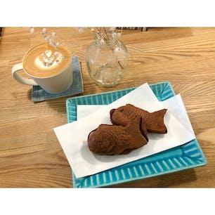 吉祥寺のカフェトリエ。曜日ごとに違うカフェになる。チョコと柚子が入ったお洒落な鯛焼き。 #吉祥寺 #カフェ #東京 #鯛焼き