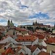 チェコ プラハ 遠くに見えてるのはプラハ城です