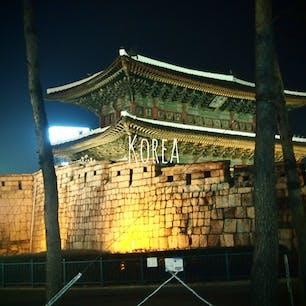 韓国弾丸旅🇰🇷  出発前日の夜中に決めて 朝出発✈︎ 学生だったし 行きたい時に行けるってよかったな