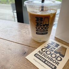 BE A GOOD NEIGHBOR COFFEE KIOSK スカイツリー店🗼☕️  買い物の休憩にちょうど良いカフェ。 珈琲も美味しくてお洒落でまた行きたい所✨  #押上カフェ