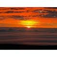 ハワイ島  標高4,205m マウナケア山頂 雲海の上に昇る太陽 2018.03