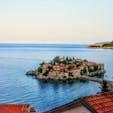 モンテネグロ、スベティ・ステファン。 この島全部ホテルです。