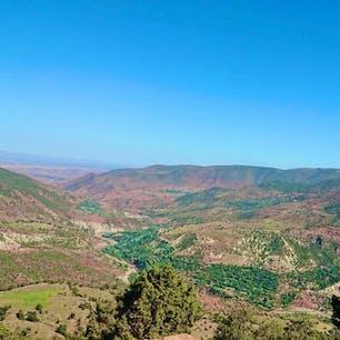Atlas Mountains, Morocco🇲🇦 Ouarzazate to Marrakesh taxi🚖