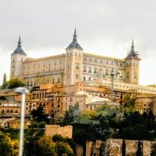 スペイン、トレドのお城、アルカサル。
