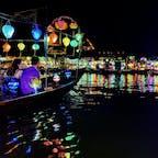幻想的なホイアンの夜 ランタンボートは値切りが必須