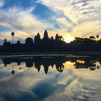 カンボジア、アンコールワットの朝景。