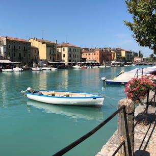 ガルダ湖南端の街、イタリアのペスキエラ。