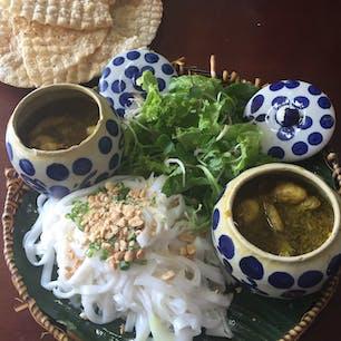 プリップリの蛙が一杯入った麺料理、ミークアン。 #ベトナム #Da_Nang