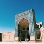 【ウズベキスタン🇺🇿】 青と青。 またいきたい場所。 人も素敵な場所でした。  #ウズベキスタン