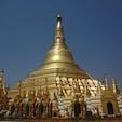 ミャンマーは世界遺産が極端に少ない 理由は何でも金ピカに塗ってしまうからだとか… ヤンゴン シュエタゴンパゴダ
