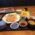 浜ん小浦光の森店にて 寿司食べ比べ定食