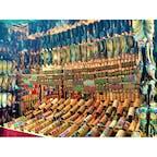 【インド🇮🇳】コルカタ  インドっぽくてカワイ〜と思って撮った写真  帰ってからよくよく見るとおじさんちゃっかり!! さり気なすぎて全然気付かなかった笑  #インド° #コルカタ #2016/08