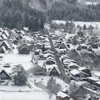 白川郷の雪景色、モノクロ写真じゃありませんよ。