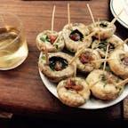 たまに食べたくなるB級グルメ  Meson del Champinon, Madrid  マッシュルームが名物。ワインのお供に。