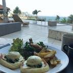 海を見ながらの朝食 カフーリゾートフチャクコンドホテル
