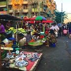 【ミャンマー🇲🇲】ヤンゴン  夕方の路上マーケット  #ミャンマー° #ヤンゴン #2019/02/08