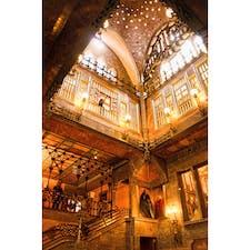 スペイン、バルセロナ。 カサ・ミラの内部。