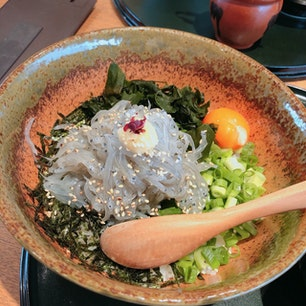 和歌山 則種 生しらす丼 😁