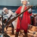 石狩挽歌の歌詞の中に「赤い筒袖のヤン衆が騒ぐ」の赤い筒袖がコレだそうです。利尻島の民族資料館の方が説明していましたよ。  #利尻島 #北海道の旅 #サント船長の写真