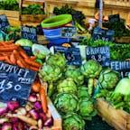 フランス、トゥールーズ。 市場の野菜達。