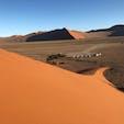 デューン45、ナミビア 斜面を滑って下ることもできます。