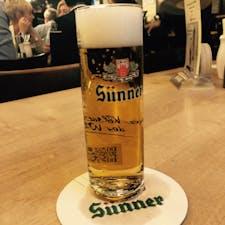 ケルシュはしご酒😚  Sünner  コースターに2本の線がついていますが、これは2杯目ということですね。この本数で何杯飲んだかがわかり、最後に会計です。