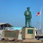 神奈川、横須賀。 東郷平八郎の像と艦船三笠。