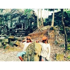Cambodia/ベンメリア 現地の子供達と。