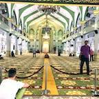 シンガポール、アラブストリートにあるサルタンモスク。